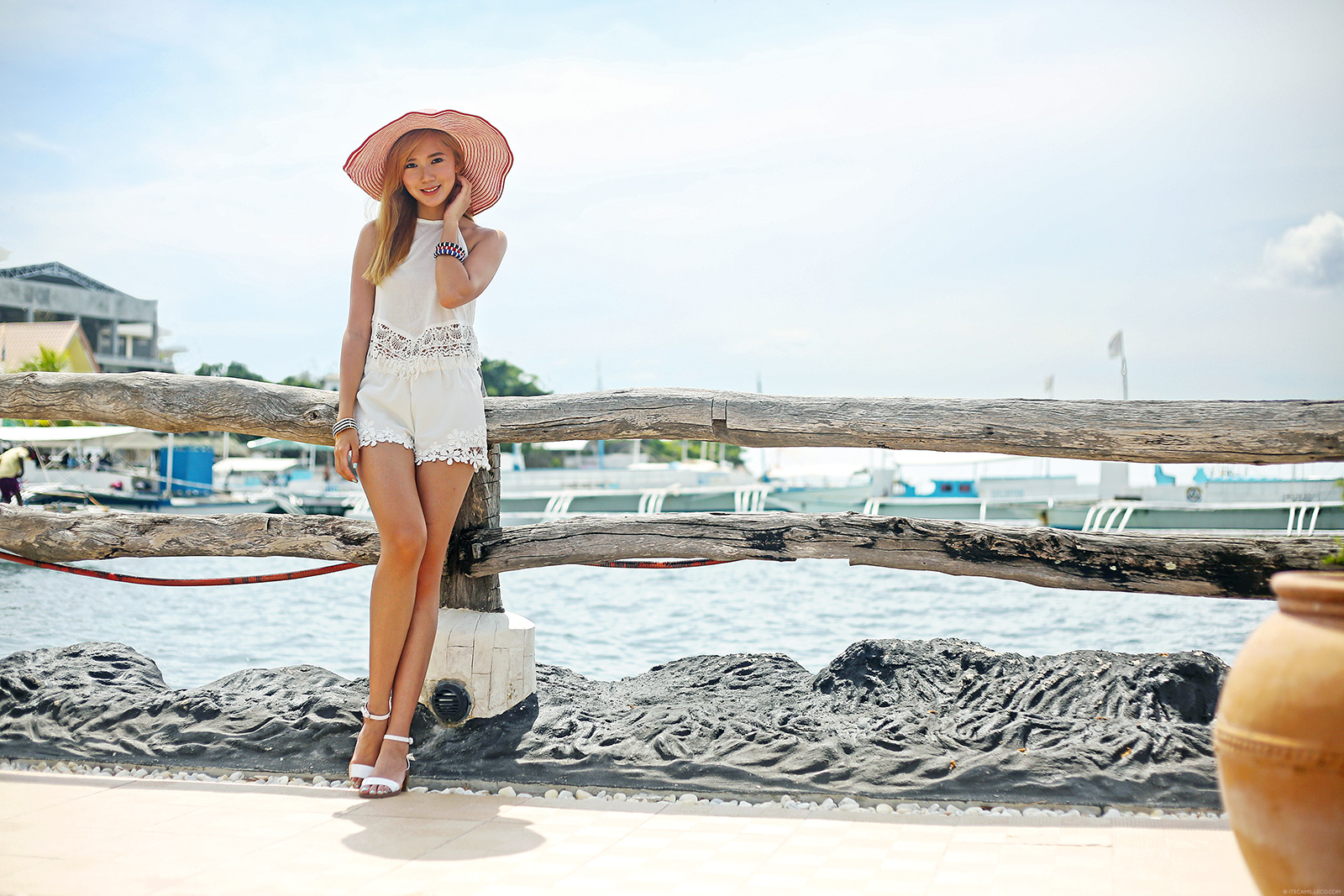 Beach Fashion Featuring Zara, Stradivarius | itscamilleco.com