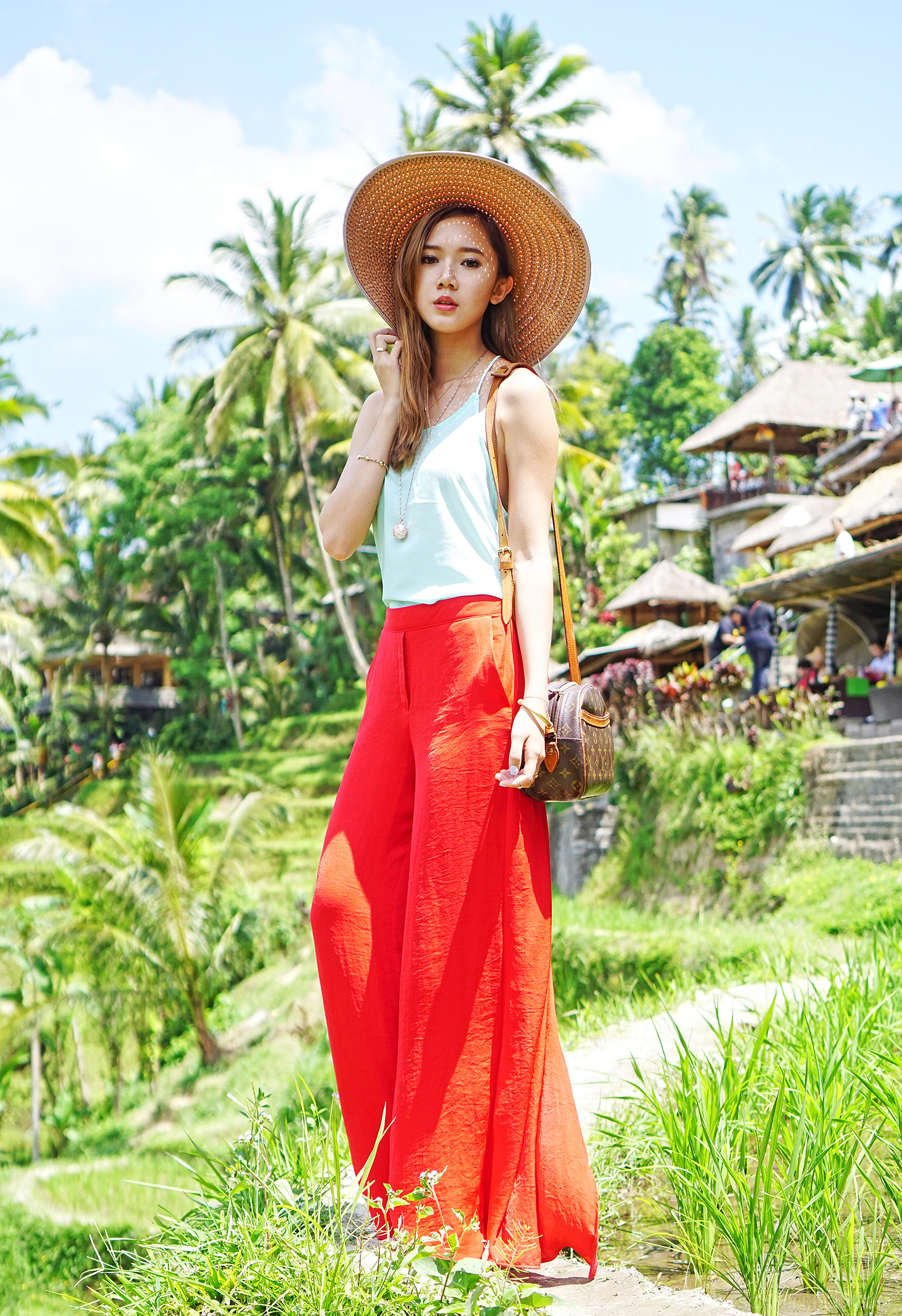 Casual Fashion At Bali's Tegalalang Rice Terraces | Camille Co