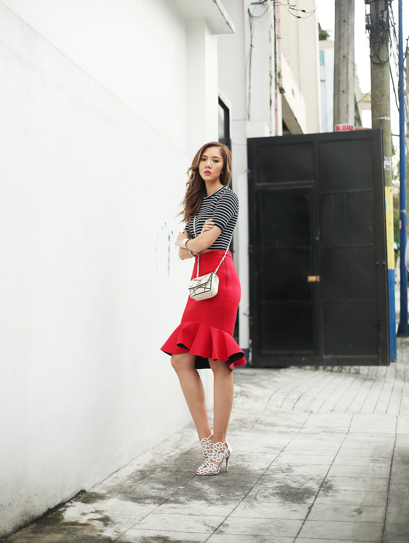 Topshop cropped top, Choies skirt, Oscar dela Renta heels, Chanel bag | www.itscamilleco.com