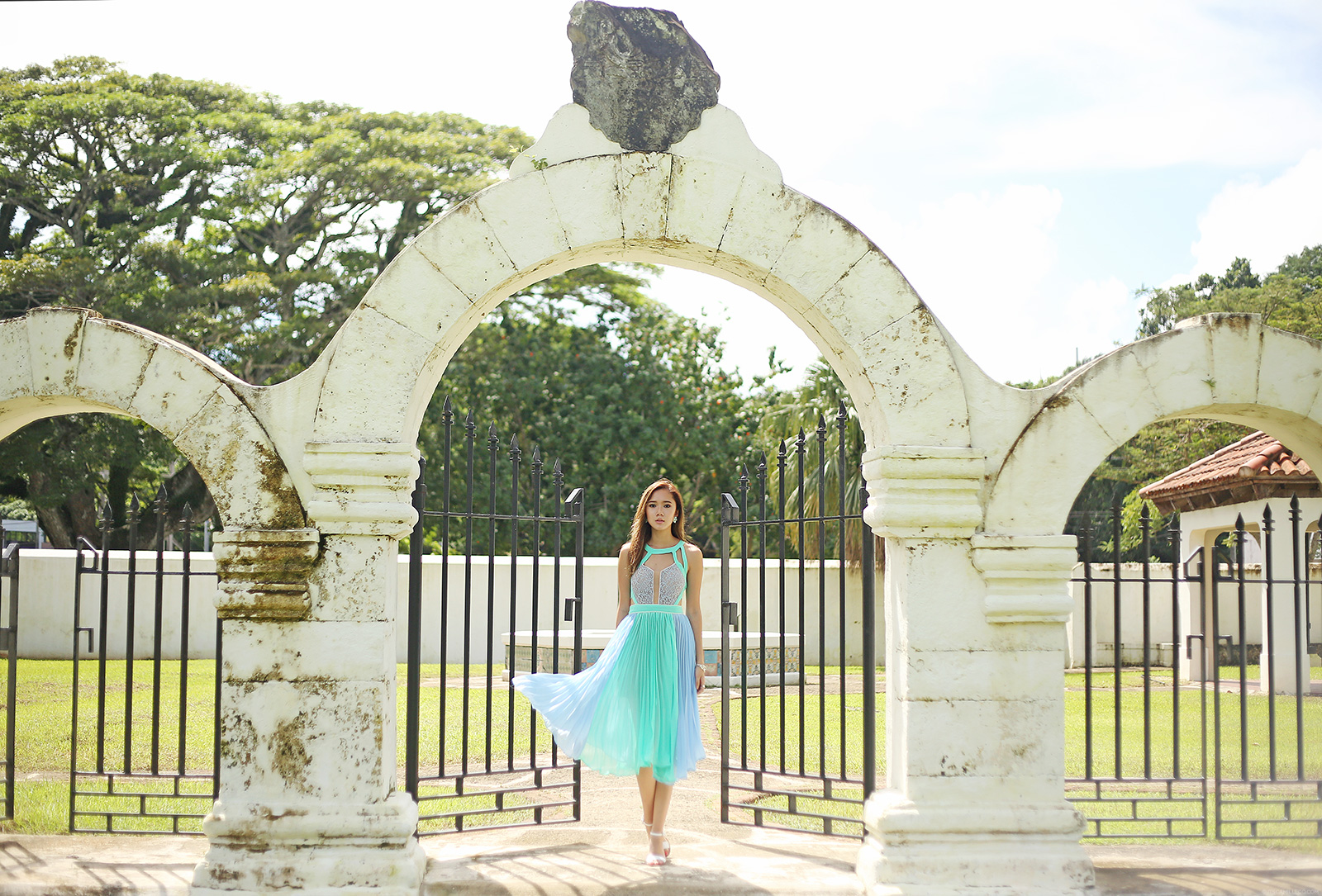 Plaza De Espana Guam, She Inside Dress | www.itscamilleco.com
