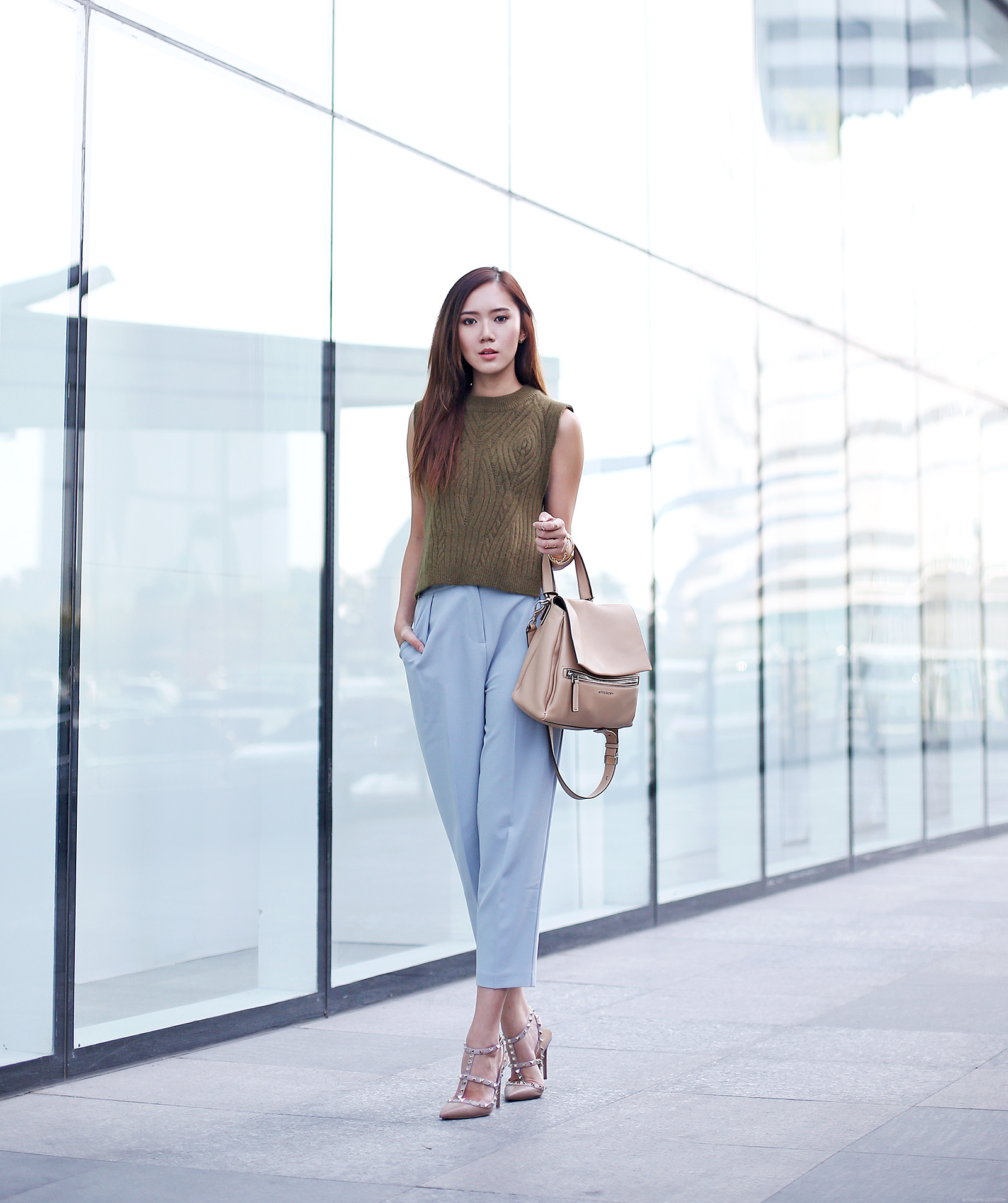 Fablo top, Topshop pants, Valentino, Givenchy | www.itscamilleco.com