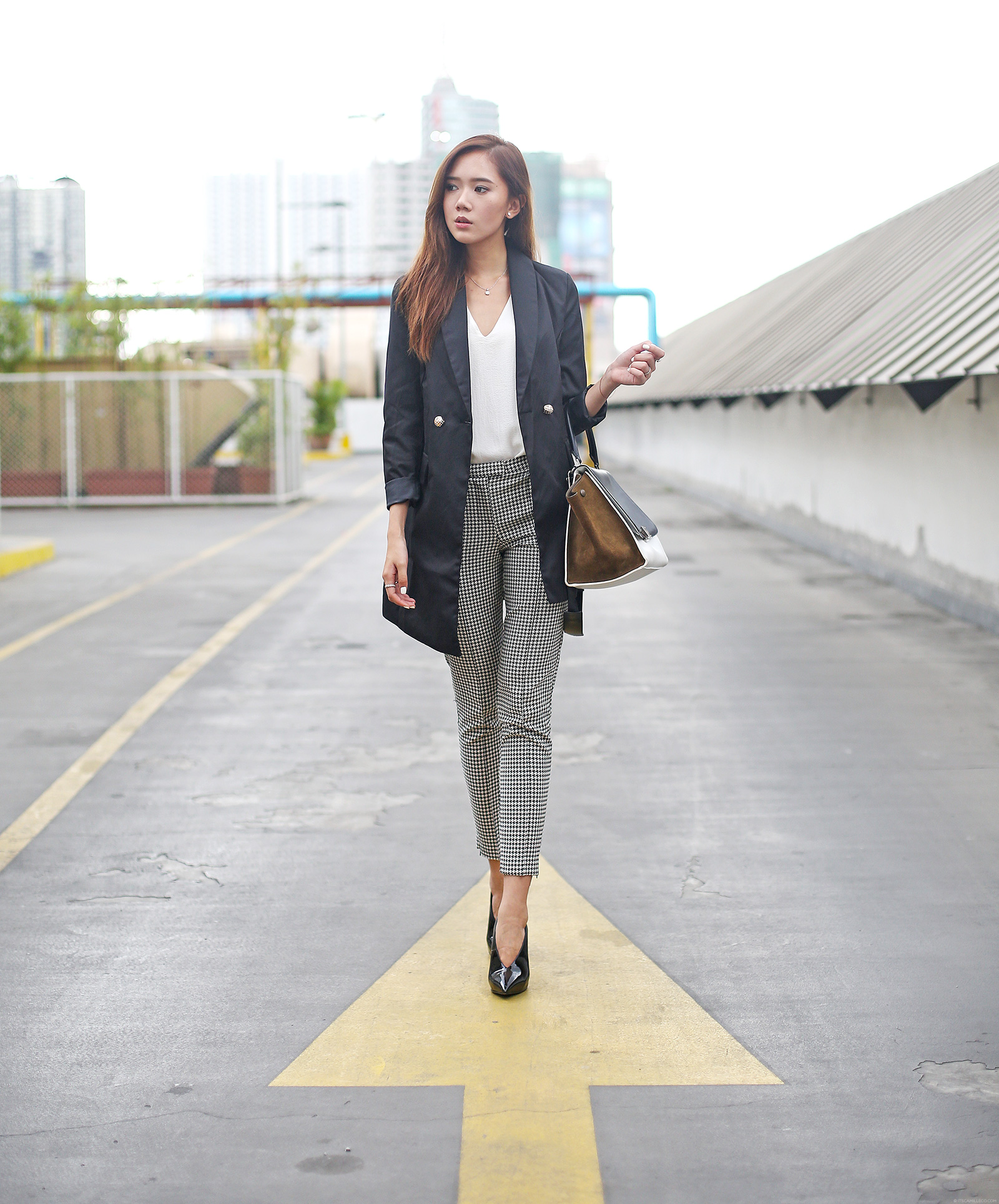 Zaful blazer, Mango top, Topshop pants, Celine bag Giuseppe Zanotti shoes | www.itscamilleco.com