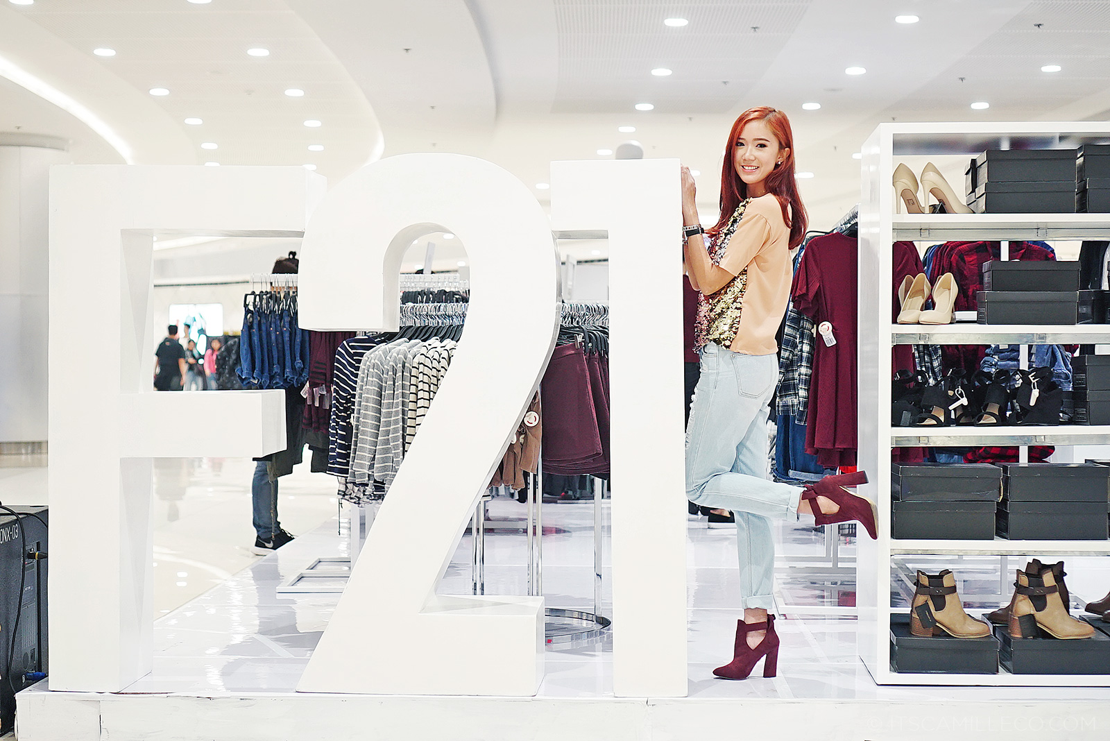 Forever 21 Pop Up Store - www.itscamilleco.com