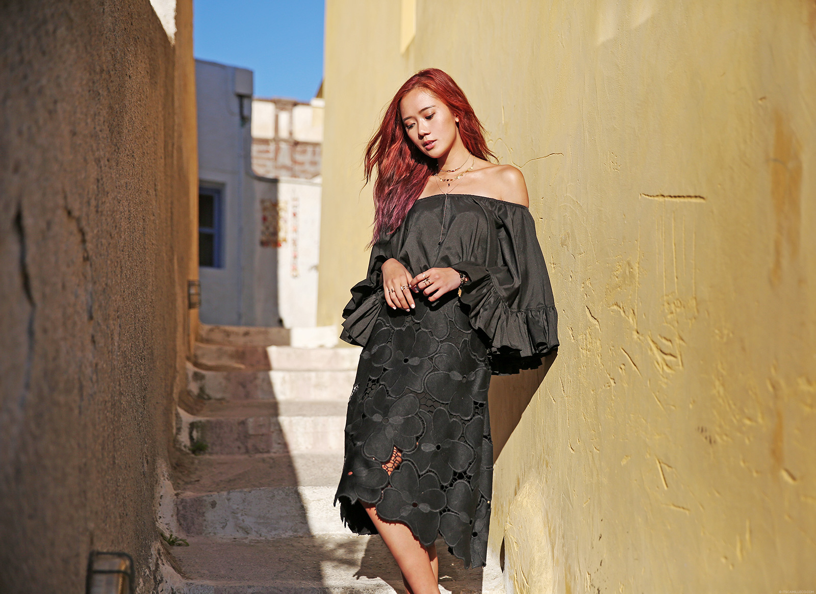 Boohoo off shoulder top, Cynthia Rowley skirt, Pyrgos Santorini - www.itscamilleco.com