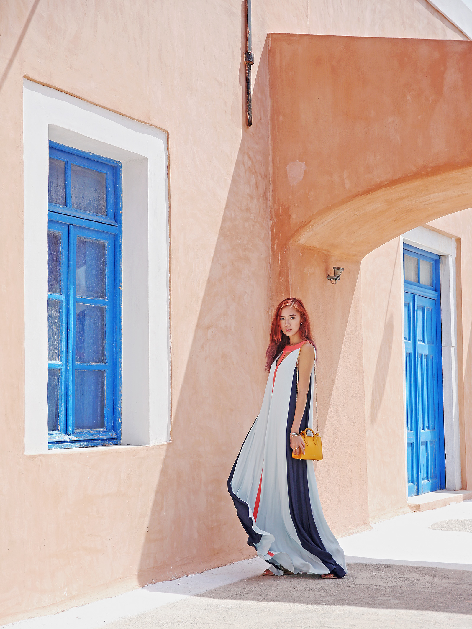 BCBG dress, Strathberry bag in Oia, Santorini | www.itscamilleco.com