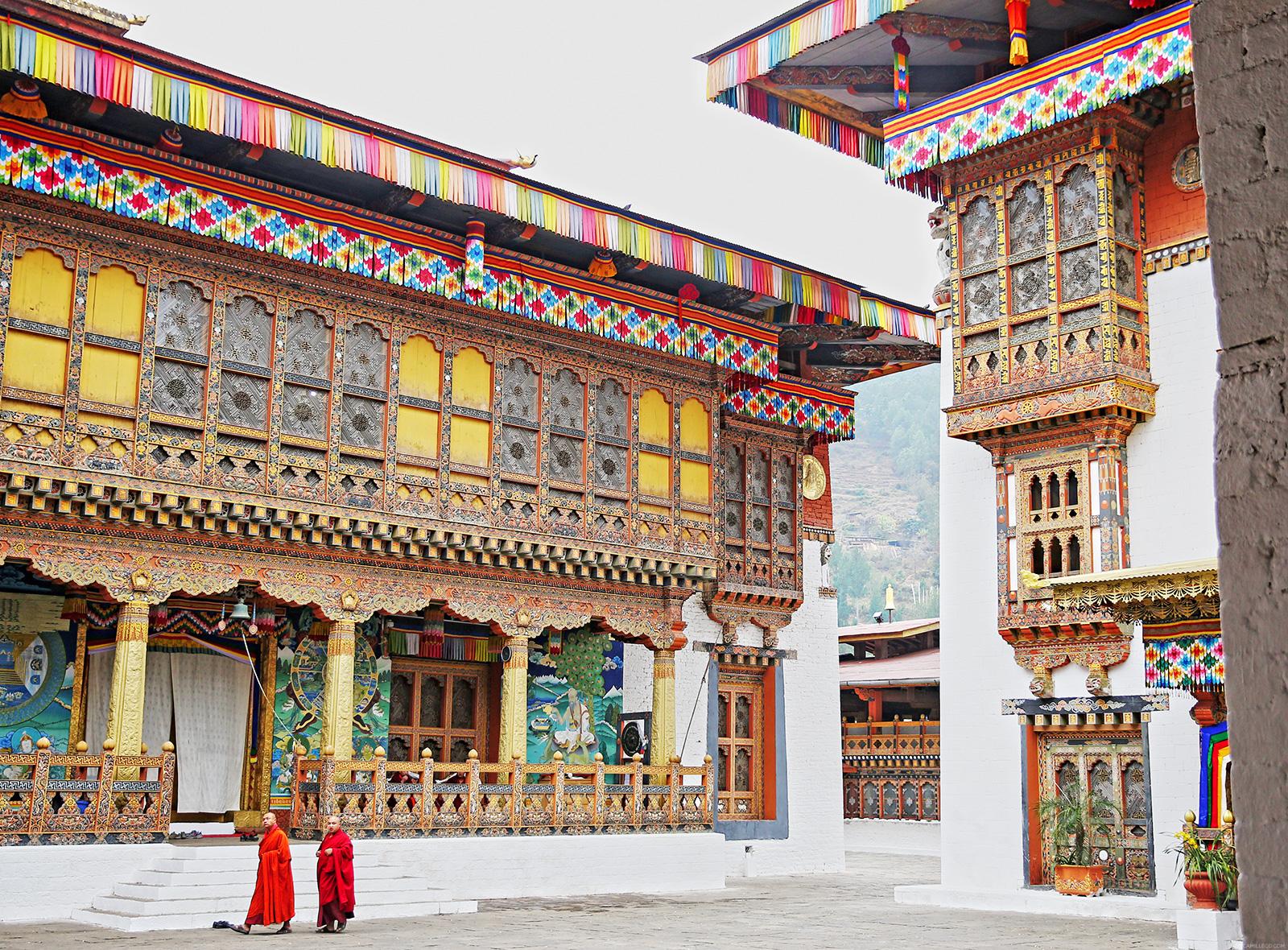 punakha-dzong-itscamilleco-com28